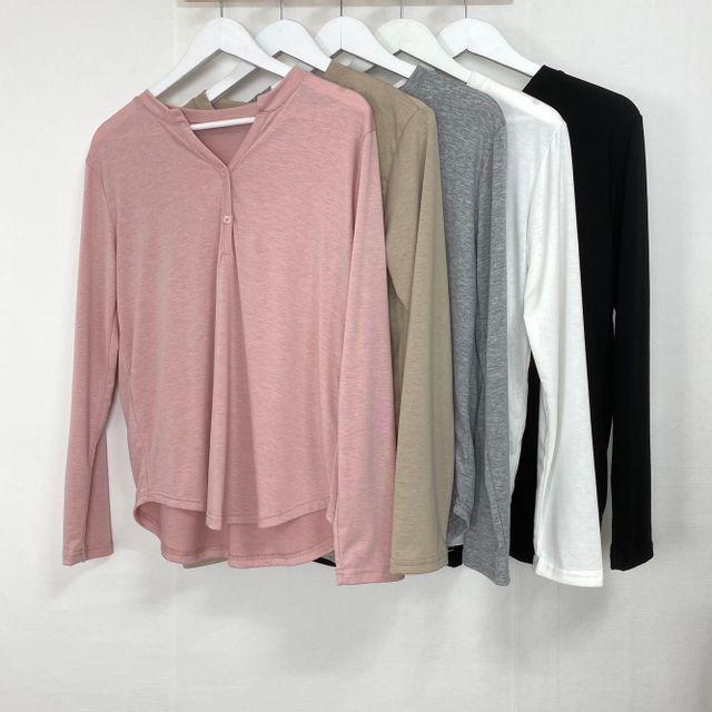 이츠유 - 찰랑소재) 브이 단추 티셔츠 5color